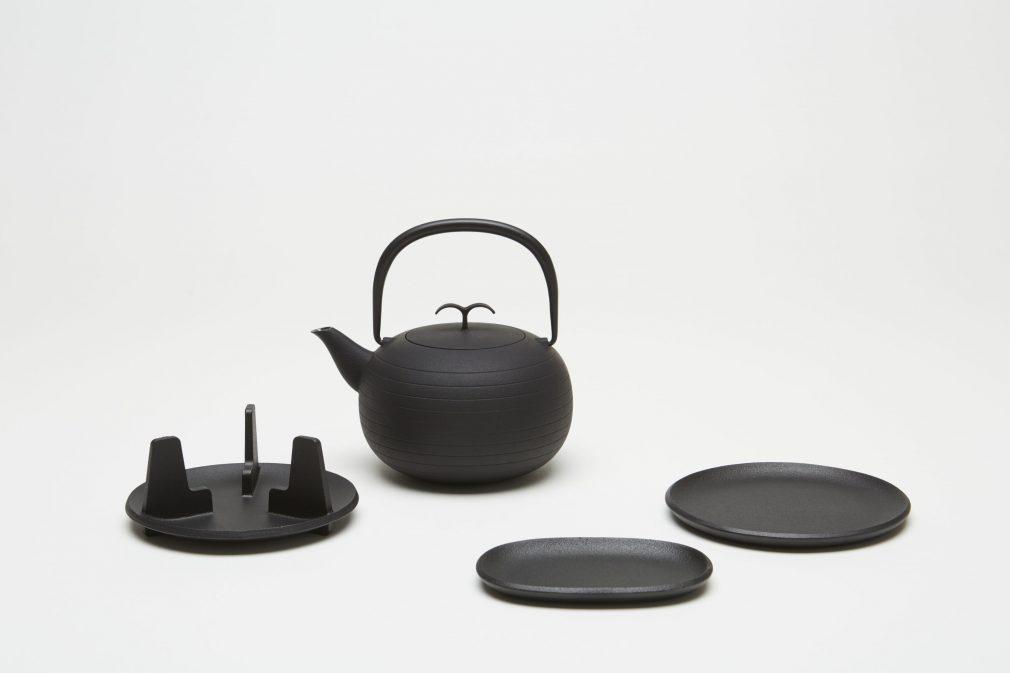 及源鋳造 [鉄鋳物] × ジャスパー・モリソン
