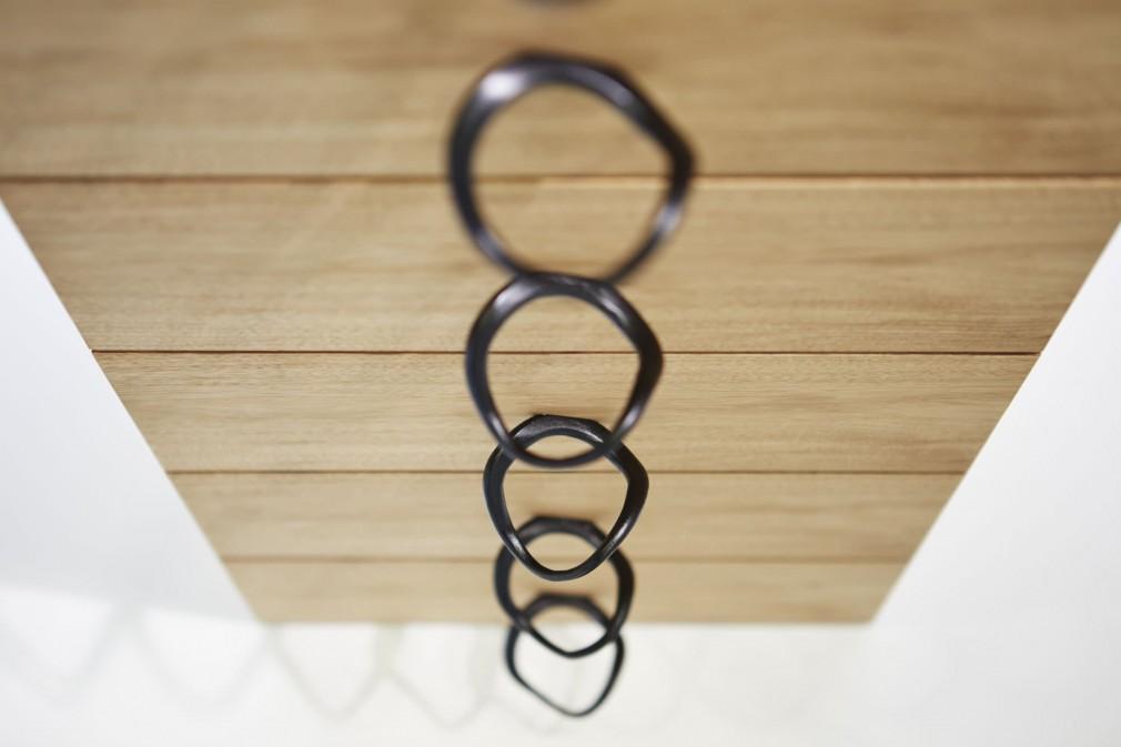 藤里木工所 [金属加工・家具製造] × ロン・ジラッド